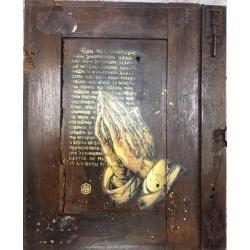 C215 - Sans Titre - Pochoir sur porte ancienne en bois - 64x56cm - 2017
